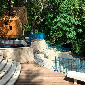 Murs de soutènement dans un parc
